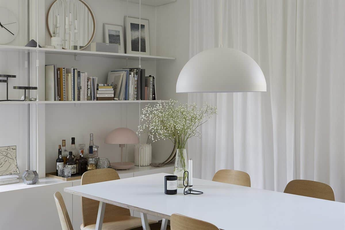 open plan Swedish kitchen and diner
