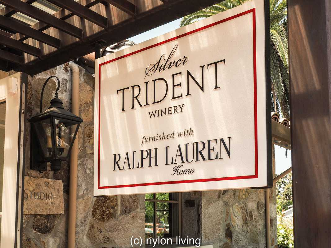 The Silver Trident Winery Tasting Home
