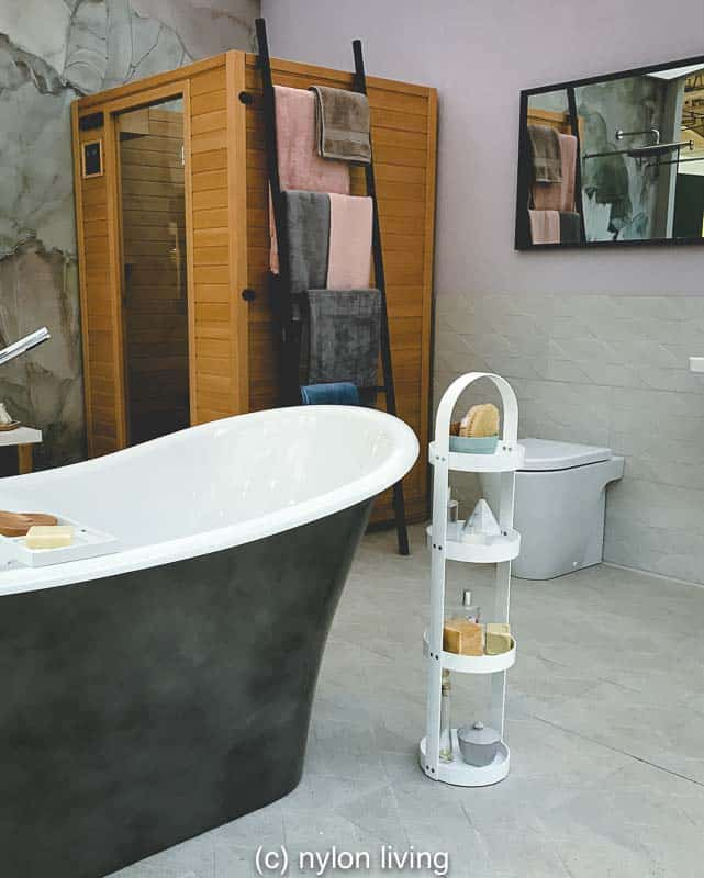 Stealing Spa Room Ideas for a Truly Relaxing Bathroom