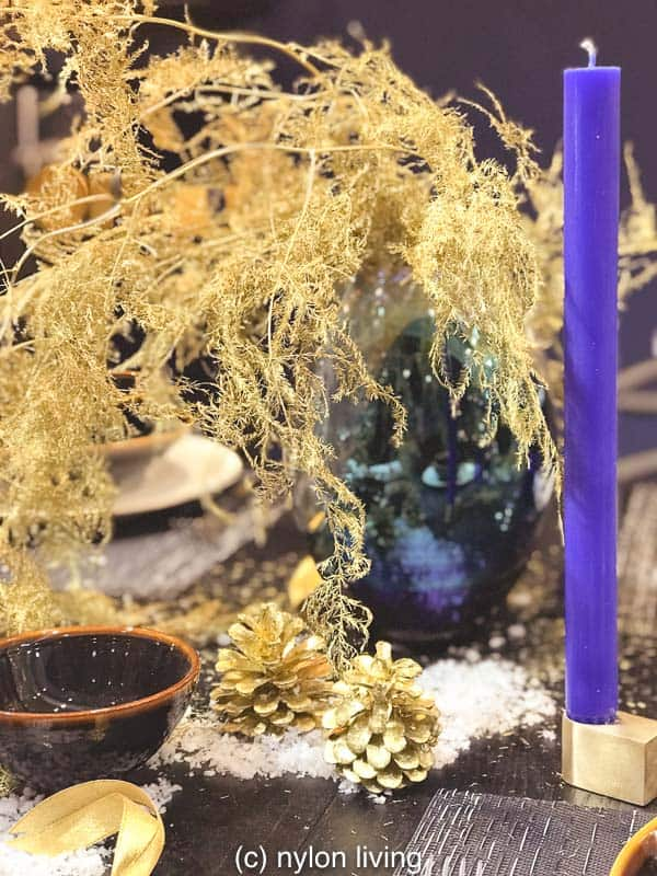 I love the froth of gold leaves in this blue vase which looks full and yet airy at the same time.