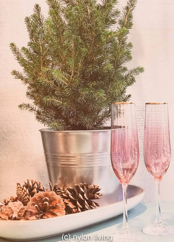 This Nordic Christmas tree embraces hygge Christmas with full elegance