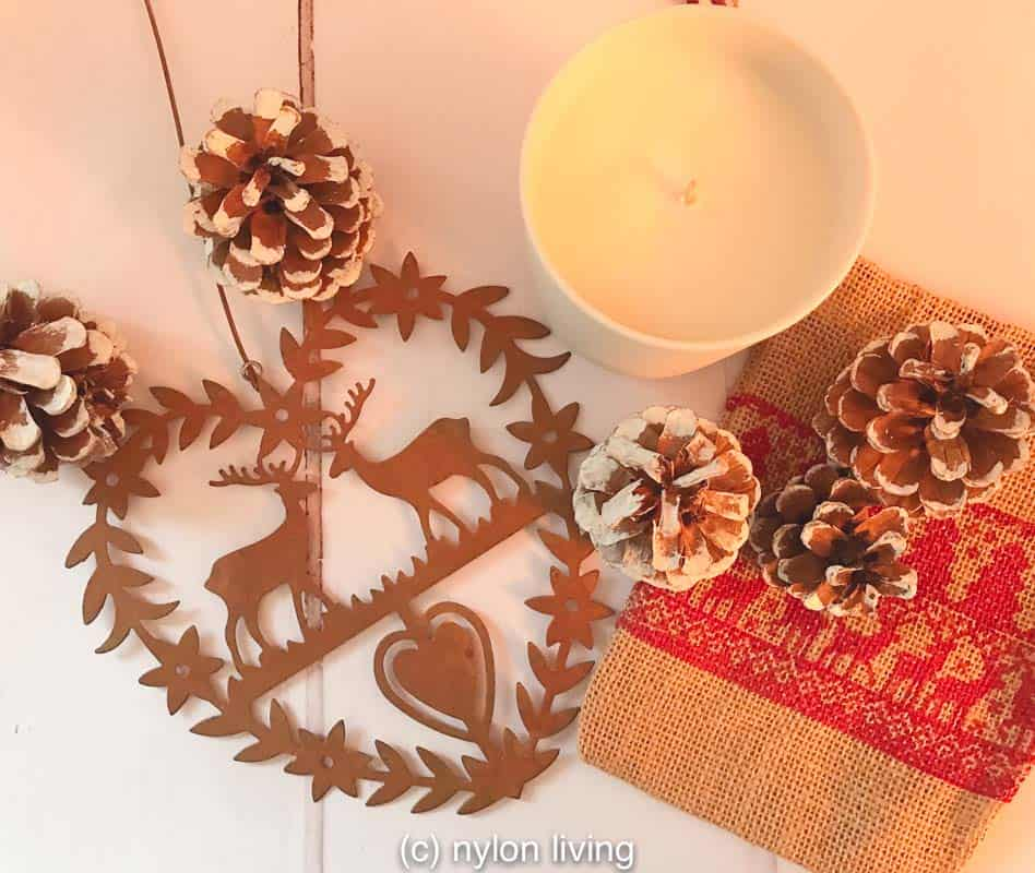 Scandi xmas decorations with traditional motifs - hearts and reindeer