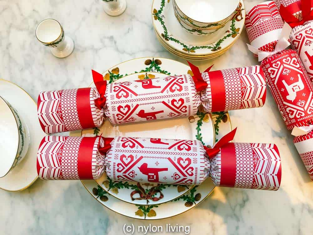 Christmas crackers with a traditional Nordic Christmas decoration on them