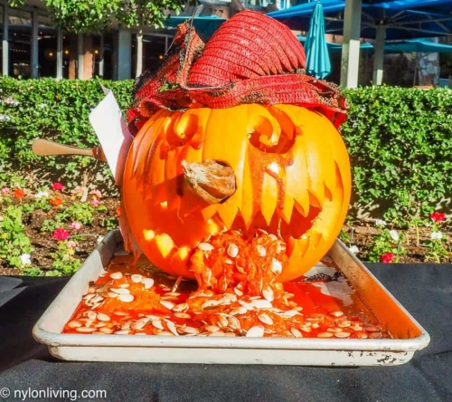 vomiting scarecrow pumpkin carving